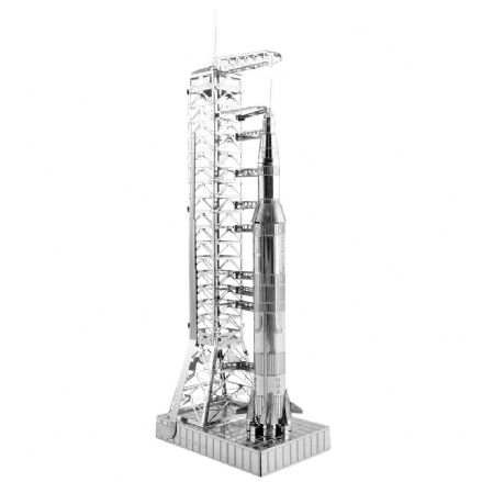 Metal Earth Model Kit - Apollo Saturn V With Gantry